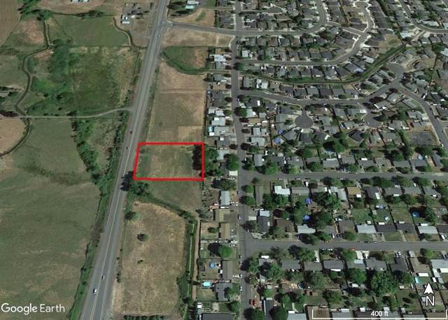 11436 Highway 62, Eagle Point, OR 97524 (MLS #220113235) :: Premiere Property Group, LLC