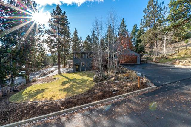 2254 NW West Hills Avenue, Bend, OR 97703 (MLS #220113243) :: Coldwell Banker Bain