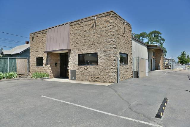200 W Jackson & Tl14800 Welch Street, Medford, OR 97501 (MLS #220113267) :: Coldwell Banker Bain