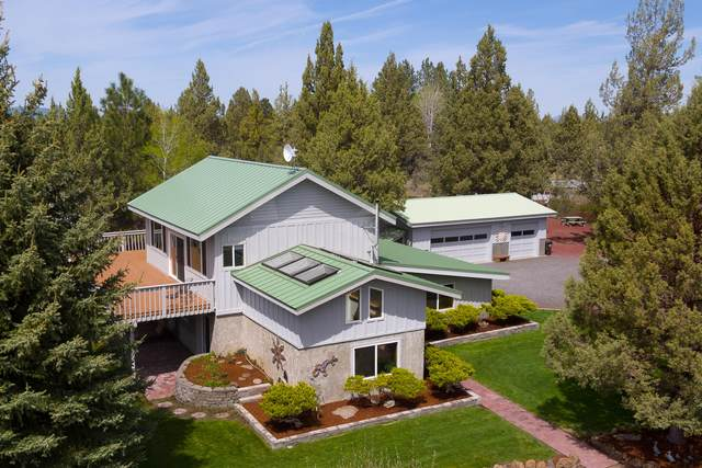 17840 Cascade Estates Drive, Bend, OR 97703 (MLS #220113268) :: Coldwell Banker Bain