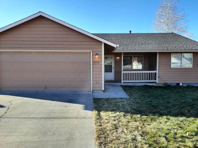2173 NE Yellowpine Road, Prineville, OR 97754 (MLS #220113302) :: Coldwell Banker Bain