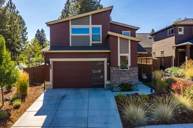1272 NW Criterion Lane, Bend, OR 97703 (MLS #220113320) :: Coldwell Banker Bain
