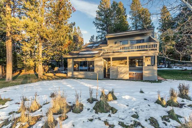 17522 Meadowlark Lane, Sunriver, OR 97707 (MLS #220113337) :: Bend Homes Now