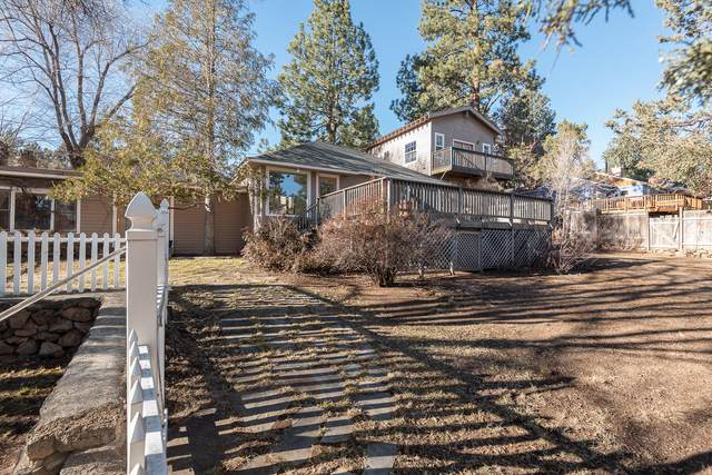 1901 NW 6th Street, Bend, OR 97703 (MLS #220113350) :: Bend Homes Now