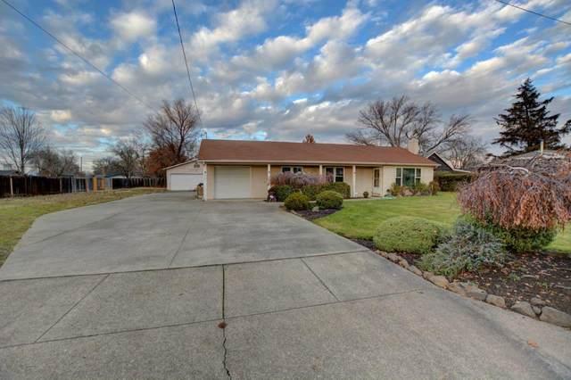 1905 Grandview Avenue, Medford, OR 97504 (MLS #220113362) :: Berkshire Hathaway HomeServices Northwest Real Estate
