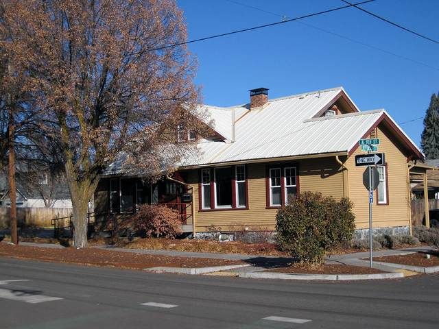 505 N 9TH Street, Klamath Falls, OR 97601 (MLS #220113393) :: Coldwell Banker Sun Country Realty, Inc.