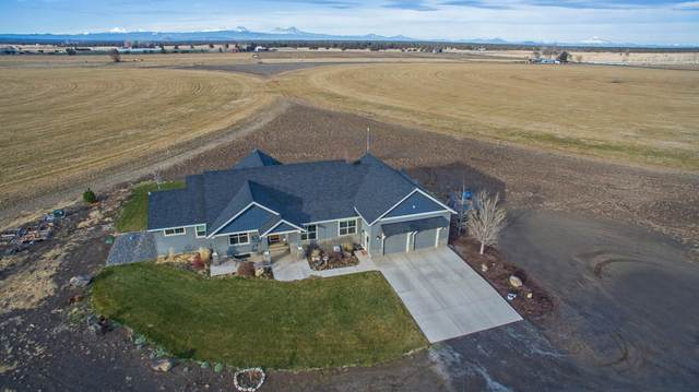 26245 Horsell Road, Bend, OR 97701 (MLS #220113629) :: Fred Real Estate Group of Central Oregon