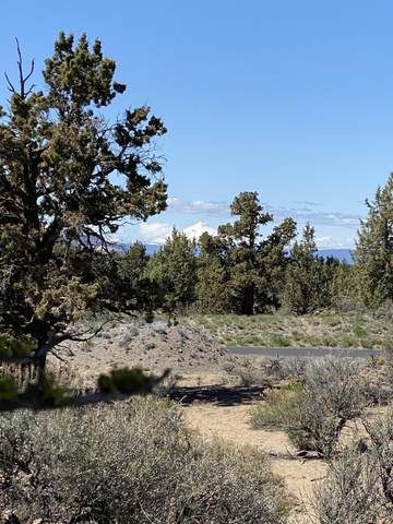 22950 Hideaway Lane, Bend, OR 97701 (MLS #220113710) :: Team Birtola | High Desert Realty