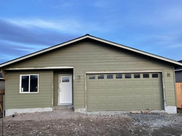 963 SE Maliah Avenue, Madras, OR 97741 (MLS #220113873) :: The Ladd Group