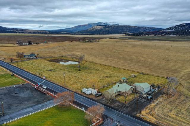8510 NW Lone Pine Road, Terrebonne, OR 97760 (MLS #220113891) :: Premiere Property Group, LLC