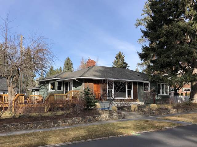 28 NW Tumalo Avenue, Bend, OR 97703 (MLS #220113931) :: Fred Real Estate Group of Central Oregon