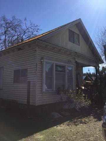 24315 Redwood Highway, Kerby, OR 97531 (MLS #220113935) :: Premiere Property Group, LLC