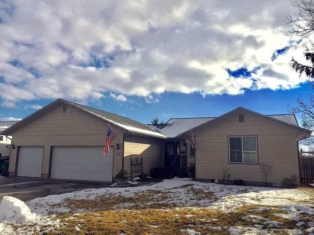 5480 American Avenue, Klamath Falls, OR 97603 (MLS #220113975) :: Premiere Property Group, LLC