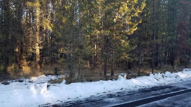 16780 Casper Drive, Bend, OR 97707 (MLS #220114047) :: Berkshire Hathaway HomeServices Northwest Real Estate