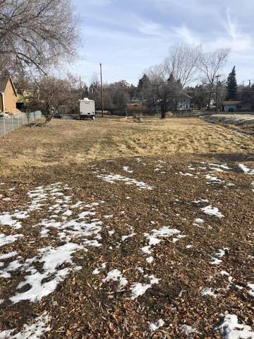 Front Street Lot 15,16,18, Klamath Falls, OR 97601 (MLS #220114077) :: Coldwell Banker Sun Country Realty, Inc.
