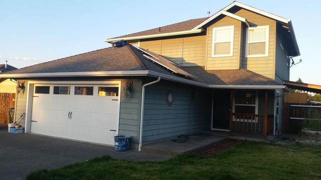 2703 Esther Lane, Grants Pass, OR 97527 (MLS #220114195) :: Coldwell Banker Sun Country Realty, Inc.