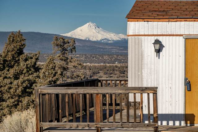16392 SW Dove Road, Terrebonne, OR 97760 (MLS #220114241) :: Fred Real Estate Group of Central Oregon