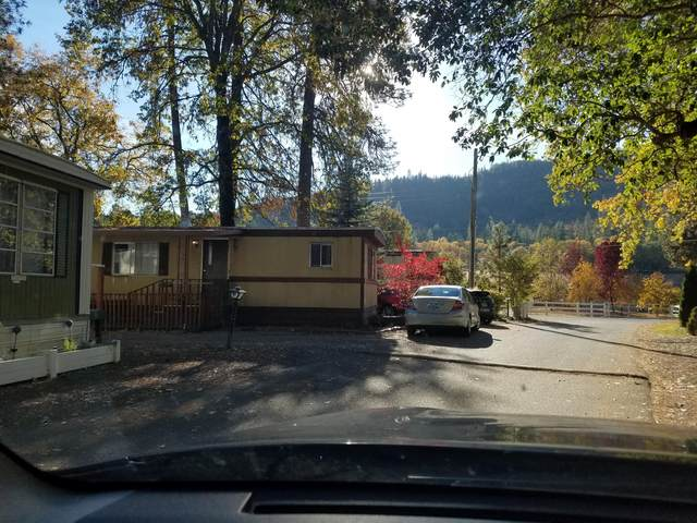 9566 Old Stage Road #25, Central Point, OR 97502 (MLS #220114307) :: The Payson Group