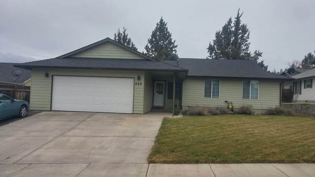 649 SW Deer Ridge Court, Madras, OR 97741 (MLS #220114487) :: Premiere Property Group, LLC