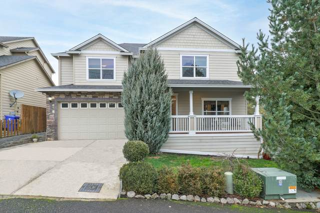 3425 SW Alice Street, Portland, OR 97219 (MLS #220114740) :: Coldwell Banker Sun Country Realty, Inc.