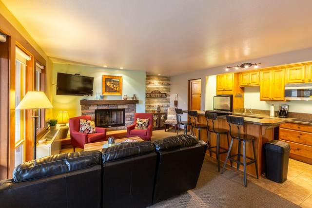 18575 SW Century Drive # 612, Bend, OR 97702 (MLS #220114790) :: Fred Real Estate Group of Central Oregon
