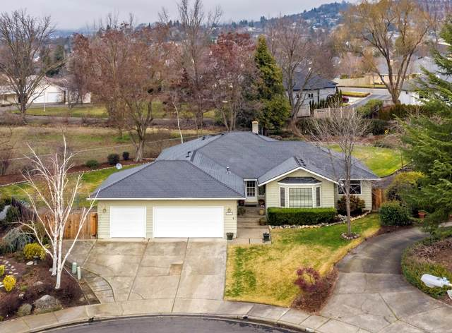 3283 Miller Court, Medford, OR 97504 (MLS #220114827) :: The Riley Group