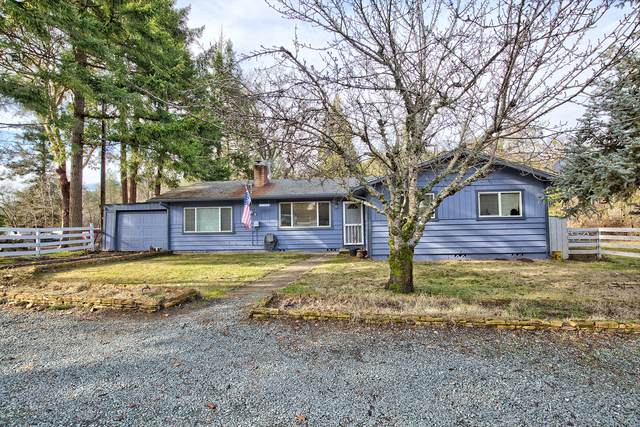 5804 Williams Highway, Grants Pass, OR 97527 (MLS #220114841) :: FORD REAL ESTATE