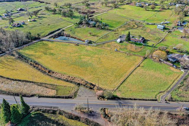 6577 Blackwell Road, Central Point, OR 97502 (MLS #220114850) :: The Payson Group