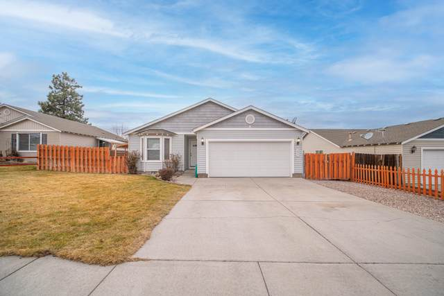 2827 NW 9th Place, Redmond, OR 97756 (MLS #220114856) :: Premiere Property Group, LLC