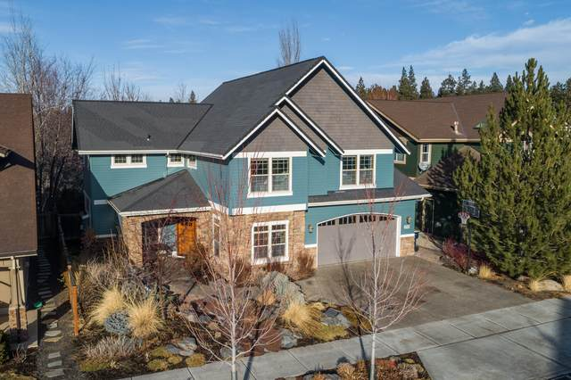 2932 NW Chianti Lane, Bend, OR 97703 (MLS #220114872) :: Fred Real Estate Group of Central Oregon