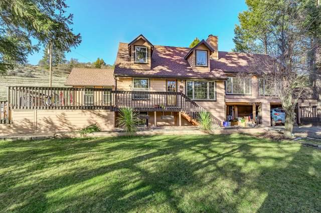 9070 Sterling Creek Road, Jacksonville, OR 97530 (MLS #220114896) :: Premiere Property Group, LLC