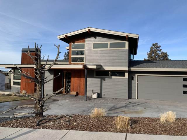 4055-SW SW Umatilla Avenue, Redmond, OR 97756 (MLS #220114897) :: Premiere Property Group, LLC