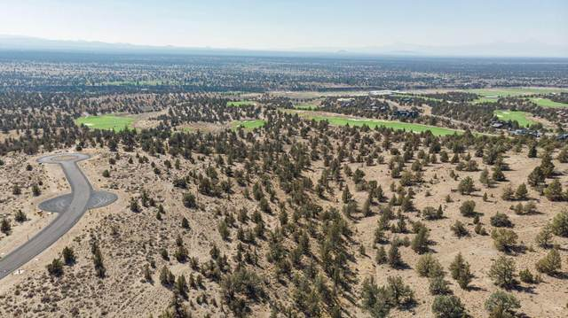 Lot 692 SW Pinnacle Court, Powell Butte, OR 97753 (MLS #220114909) :: Fred Real Estate Group of Central Oregon