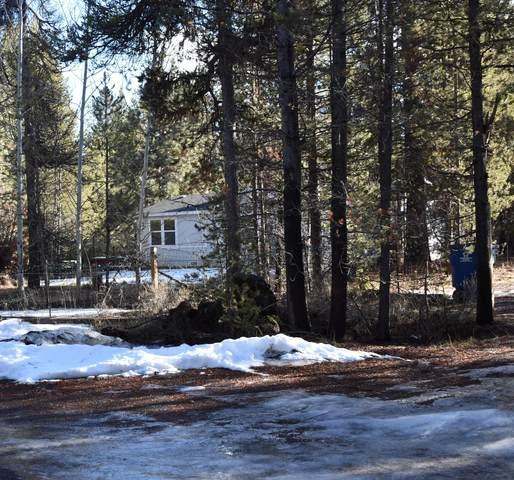 16047 Falcon Lane, La Pine, OR 97739 (MLS #220114946) :: Fred Real Estate Group of Central Oregon