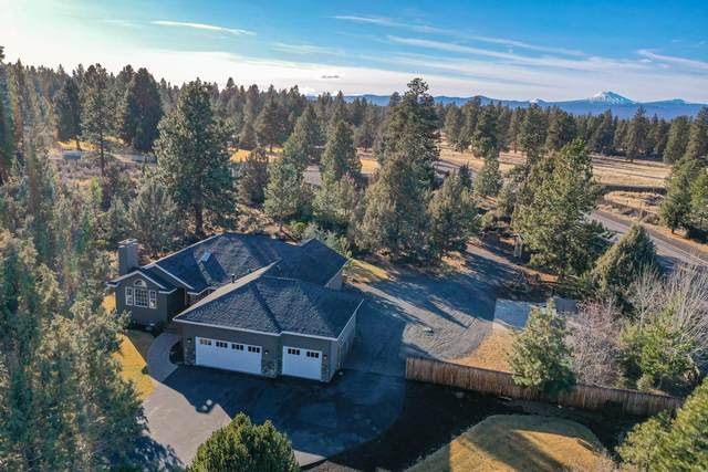 60565 Tall Pine Avenue, Bend, OR 97702 (MLS #220114952) :: Fred Real Estate Group of Central Oregon
