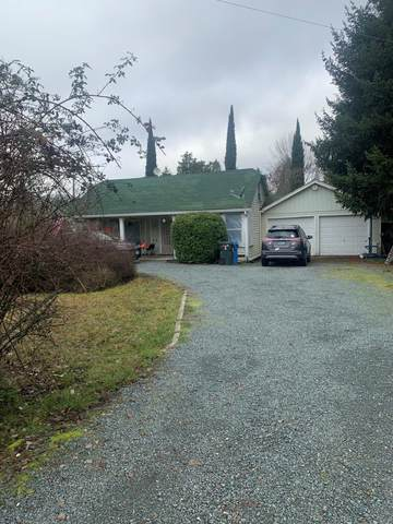 1992 Williams Highway, Grants Pass, OR 97527 (MLS #220114972) :: The Payson Group