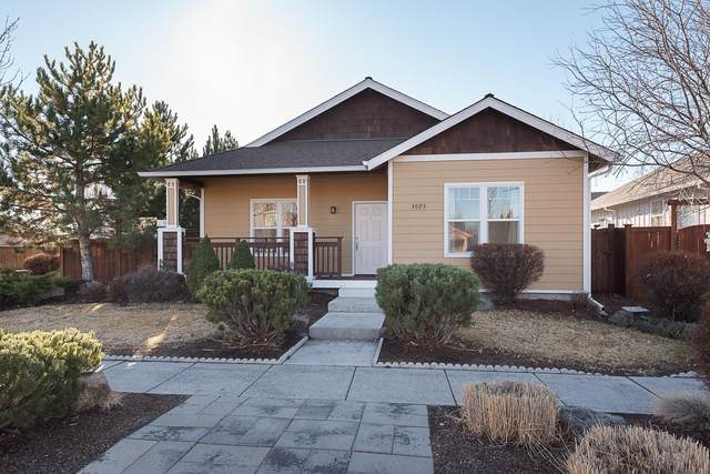 3095 Yellow Ribbon Drive, Bend, OR 97701 (MLS #220114990) :: Fred Real Estate Group of Central Oregon
