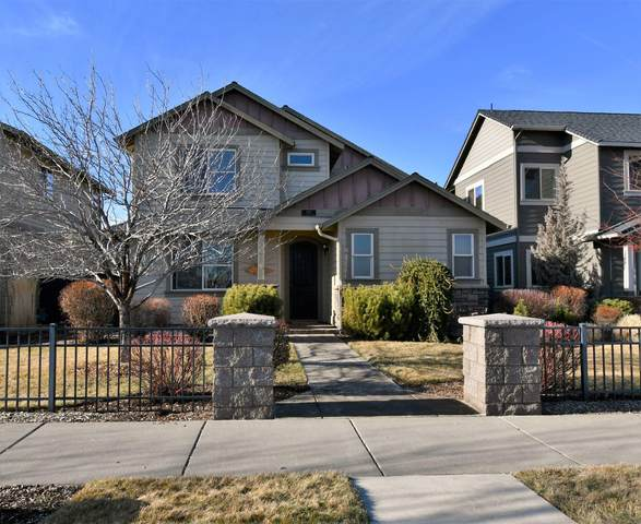 3767 NE Purcell Boulevard, Bend, OR 97701 (MLS #220115016) :: Fred Real Estate Group of Central Oregon