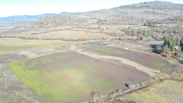 722 Yankee Creek Road, Eagle Point, OR 97524 (MLS #220115104) :: Berkshire Hathaway HomeServices Northwest Real Estate