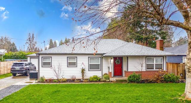 1020 SE Clarey Avenue, Grants Pass, OR 97526 (MLS #220115134) :: The Ladd Group