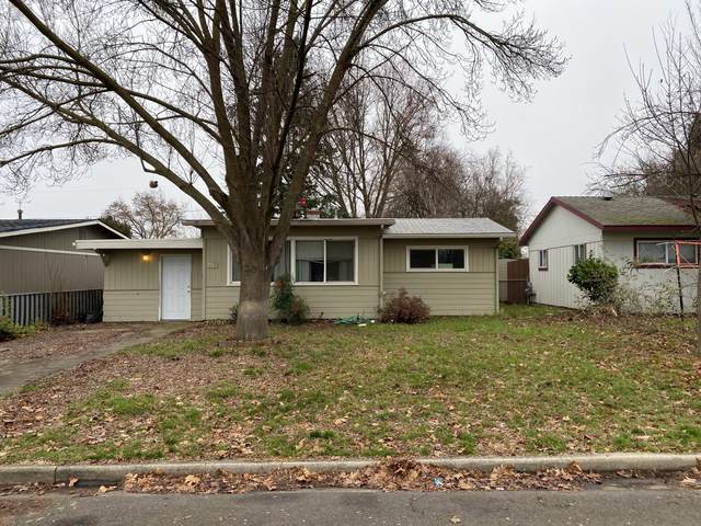 937 Kenyon Street, Medford, OR 97501 (MLS #220115148) :: Top Agents Real Estate Company