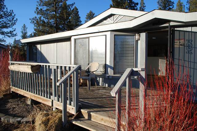 30310 Sprague River Drive, Chiloquin, OR 97624 (MLS #220115178) :: Stellar Realty Northwest
