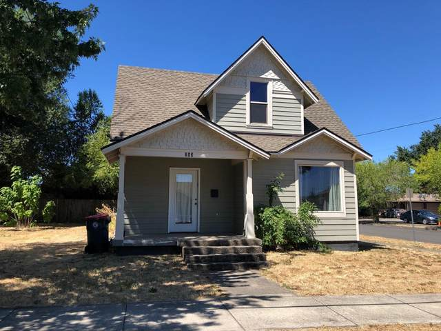 263 Beatty Street, Medford, OR 97501 (MLS #220115197) :: Top Agents Real Estate Company