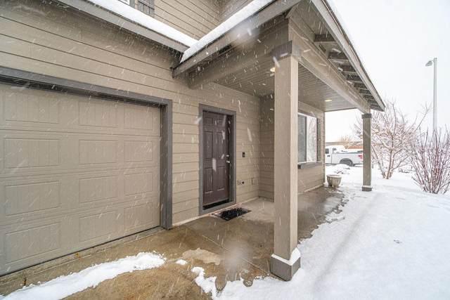 3713 SW Pumice Stone Avenue, Redmond, OR 97756 (MLS #220115230) :: Stellar Realty Northwest