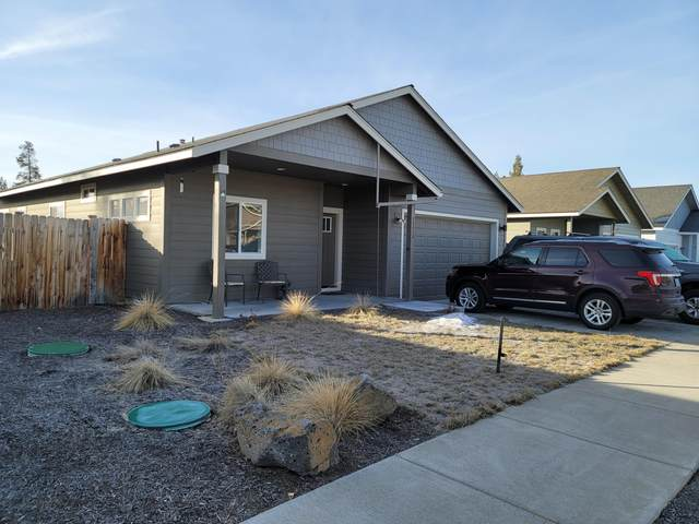 16475 Betty Drive, La Pine, OR 97739 (MLS #220115247) :: Coldwell Banker Sun Country Realty, Inc.
