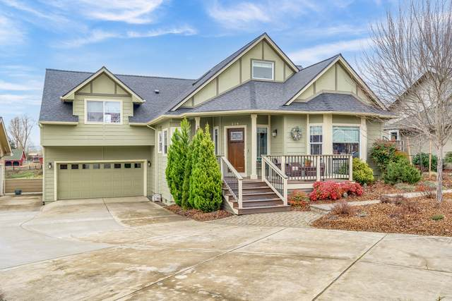 274 Village Park Drive, Ashland, OR 97520 (MLS #220115267) :: The Riley Group