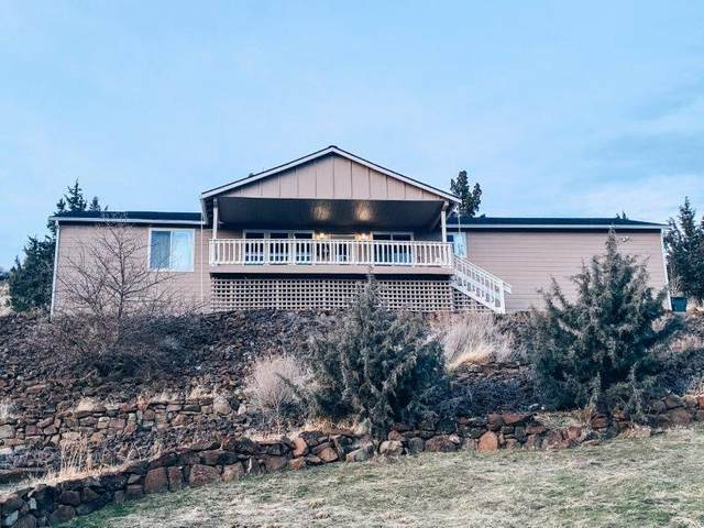 111 NW Valley View Drive, John Day, OR 97845 (MLS #220115280) :: Berkshire Hathaway HomeServices Northwest Real Estate