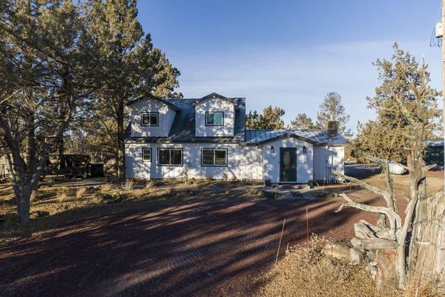 2021 SW 55th Street, Redmond, OR 97756 (MLS #220115282) :: Fred Real Estate Group of Central Oregon