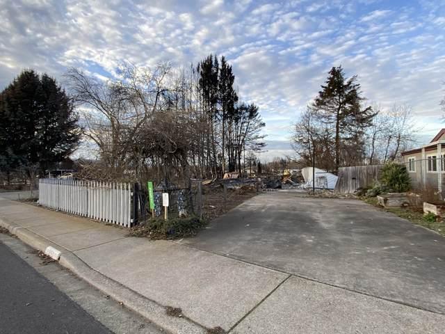 251 Northridge Terrace, Medford, OR 97501 (MLS #220115289) :: The Riley Group