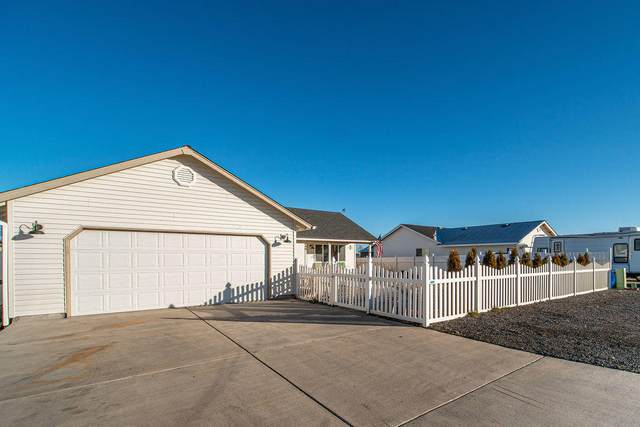 446 Scenic Loop, Culver, OR 97734 (MLS #220115303) :: The Ladd Group